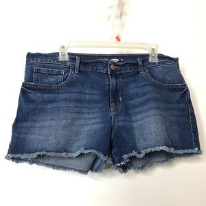 Old Navy Semi Fitted Cut Off Denim Shorts Size 12
